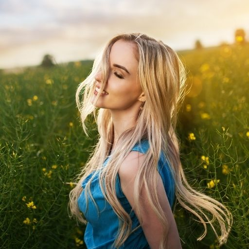 polnische Frau blond